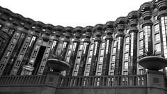 Hunger games (pi3rreo) Tags: noisy le grand seine france architecture extérieur nikon coolpix noiretblanc white black building immeuble