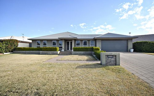 37 Lakeside Circuit, Dubbo NSW