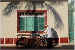#Cozumel; Quintana Roo; #México (Maríaeugeniafaria) Tags: bicicleta bici bike cozumel méxico sombra shadow window ventana