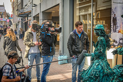 interview (stevefge) Tags: 2017 arnhem livingstatues worldlivingstatues street people candid girls camera nederland netherlands nl gelderland nederlandvandaag reflectyourworld