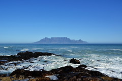 Table Mountain (Элвин Ваутерсе) Tags: tablemountain mountain berg peninsula sea beach ocean strand top waves cape capetown africa southafrica vacation tourist tourism sky blue heaven rocks beautiful view elwinw skylinestudio nikon d3100 bay horizon sight coast za ケープタウン 南アフリカ 南非 开普敦 кейптаун африка оар water rock landscape wave южнаяафрика