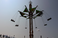 Flying Bobs (demeeschter) Tags: usa new york state fair syracuse city town attraction market games rides livestock animals farm food show