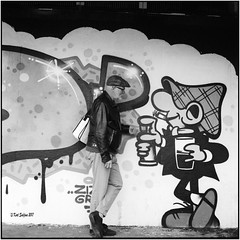 Me and my friend the tagger_Rolleiflex 2.8F (ksadjina) Tags: donaukanal kodak400tmx kurt nikonsupercoolscan9000ed rodinal rolleiflex28f silverfast wallpainting wien analog blackwhite film scan selfie