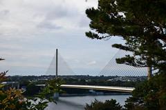 Pont de l'Iroise (Marco le Méro) Tags: pont génie civil route voitures road bridge car mer sea ocean paysage landscape suspendu albert louppe brest