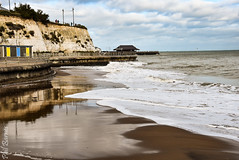 Tide coming in at Louisa Bay (philbarnes4) Tags: broadstairs thanet kent england coast view dslr philbarnes