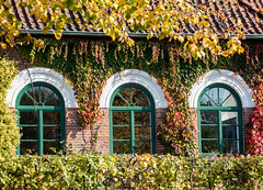 Marstall Ahrensburg im Herbst (p.schmal) Tags: olympuspenf ahrensburg schloss schlosspark herbst
