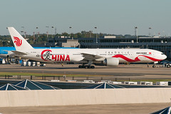 17-6428cr (George Hamlin) Tags: virginia chantilly washington dulles international airport iad air china airlines boeing 777300er aircraft airplane airliner jet widebody b2006 love livery ramp gates photo decor george hamlin photography