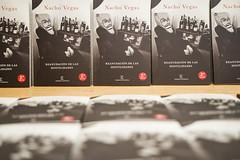 """Presentación de los libros de poemas. """"Reanudación de las Hostilidades"""" de Nacho Vegas y """"Purpurina y Percebes"""" de Fee Reega"""