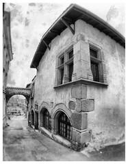 Saint-Galmier (LUDOVIC. R) Tags: elements saintgalmier forez ludovic r monochrome noir et blanc olympus em 10 noiretblanc