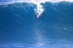 IMG_4467 copy (Aaron Lynton) Tags: canon 7d sigma peahi jaws surf xxl bigwave big wave maui hawaii peahichallenge challenge 2017 peahichallenge2017 lyntonproductions lynton