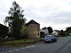 Albion Mill, Saxmundham, Suffolk (flicky@flickr) Tags: saxmundham suffolk windmill post mill rouindhouse