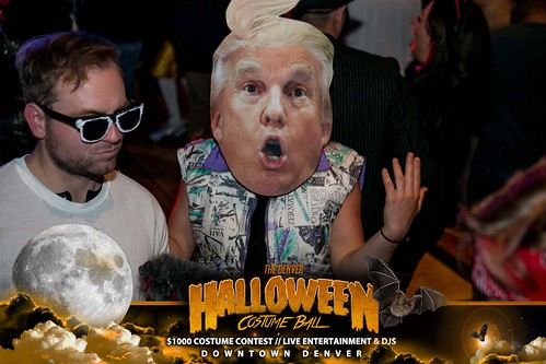 "Halloween Costume Ball 2017 • <a style=""font-size:0.8em;"" href=""http://www.flickr.com/photos/95348018@N07/24225104468/"" target=""_blank"">View on Flickr</a>"