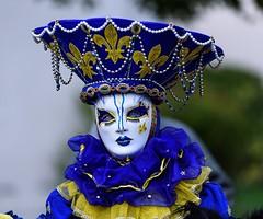 vénitien de Montargis (oudjat45) Tags: costume venise jaune bleu venetian yellow blue venezianischen kostüm gelb blau 300favoris