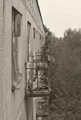 _MG_0235 (daniel.p.dezso) Tags: kecskemét laktanya orosz kecskeméti former soviet barrack urbex reclaim ruin abandoned military base militarybase