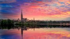 Bordeaux -(3809) (YᗩSᗰIᘉᗴ HᗴᘉS +8 500 000 thx❀) Tags: bordeaux gironde aquitaine garonne photoshop lightroom sunset town water river hensyasmine landscape waterscape