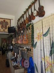 an Hawaiian air (Riex) Tags: ukulele shop instrument musical music musique magasin commerce mandoline guitar ukulelesource jtown japantown sanjose california s95 canonpowershots95
