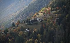 Chiboz (bulbocode909) Tags: valais suisse fully chinos villages chalets forêts arbres nature montagnes automne vert jaune roouge brume