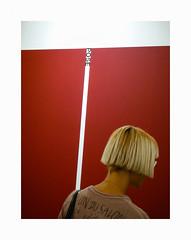 /Pose/ (hélène chantemerle) Tags: portrait femme rouge blanc blond woman red white art