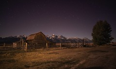 Grand Teton national park (urbanexpl0rer) Tags: grandtetons grandtetonnationalpark nationalpark night nightphotography longexposure mountains mountainrange stars woodenfence farm nopeople travelphotography traveldestination wyoming usa
