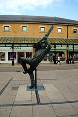 Cricketer on Priory Meadow (zawtowers) Tags: hastings east sussex seaside town resort historic 1066 centre saturday 30th september 2017 warm sunny sunshine cricket statue sculpture priory meadow shopping