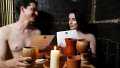 Apre i battenti il primo ristorante per nudisti a Parigi, per una cena come mamma ci ha fatto! (Cudriec) Tags: cibo cucina cucinare francia mangiare nudisti onaturel parigi ristorante ristorantepernudisti