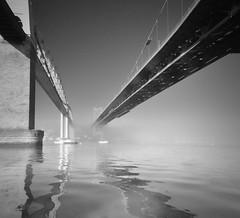 Mist on the Tamar (Paul Jarvis (Plymouth)) Tags: tamar bridge royal albert saltash plymouth river bw mist misty morning sunrise rail railway cornwall devon border hamoaze ripple ripples boat