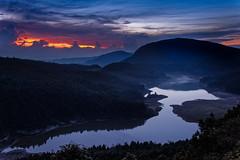 sunrise (groundland) Tags: sunrise 翠峰湖 moutains 24105mm 5d2