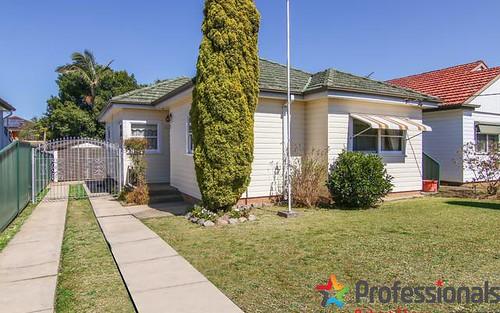 15 Roseland Avenue, Roselands NSW