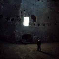 Hunyad Castle -  Hunedoara - Transylvania (fusion-of-horizons) Tags: transylvania erdély ardeal siebenbürgen transilvania corvin castle corvins hunyad hunedoara castelul huniazilor corvinilor vajdahunyad vára johnhunyadi hunyadijános iancudehunedoara ioandehunedoara johannhunyadi arhitectura architecture fortificatie fortification gothic renaissance military kingdomofhungary lmihdiima03344 burg schloss romania fisheye medieval interior museum muzeu stone piatra architectural window vaulting boltire biserica gótikus gotic noncoloursincolour light lumina lemn wood myboy stark minimal poetic tarkovsky