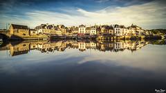 port de Saint-Goustan (Bruno. Thomé) Tags: pentax k1 irix15mm bretagne morbihan france paysage ville golden hour reflet poselongue saintgoustan