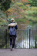 EPMG Botanic Gardens Edinburgh Oct 2017-15 (Philip Gillespie) Tags: edinburgh royal botanic gardens scotland epmg photography meetup group canon 5dsr people animals plants trees bushes birds flowers flora fauna statue park red blue green pink yellow white black purple macro close up heron squirels nuts autumn autumnal fall flying landing feeding eating water lake pond pool long exposure trail benches outside outdoor reflections grass moss path sky grey