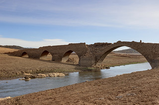Peña Cutral y pueblos del pantano