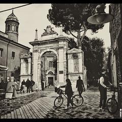 #BIKE2SANVITALE #Ravenna IMG_0829 Viabici (Viabici(c) di StefanoM) Tags: viabici bike2 bicicletta bici bike bicycle cykel fahrrad street city mono bw streetphotography chiaroscuro blackandwhite italia ravenna
