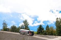 2017-09-18 XT Roadshow Jaberg-216 (scaniaschweiz) Tags: jaberg scania nextgenscania xt vw nutzfahrzeuge berner oberland night amarok crafter caddy transporter 4motion