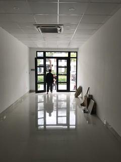 Cho thuê tầng 1 vị trí mặt đường Hàm Nghi dự án Vinhomes Gardenia Mỹ Đình, Nam Từ Liêm