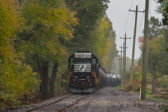 NS EMD GP38-2 #5286 @ Morrisville, PA (Darryl Rule's Photography) Tags: 2017 aestaley buckscounty csao clouds cloudy conrail conrailsharedassets delmorrave diesel diesels emd fall gp382 local morrisville njtransit njt ns norfolksouthern northeastcorridor ols october oldline operationlifesaver pa pennsylvania pennsylvaniaave railroad railroads rain rainy staley staleylocal tankcar tankcartrain tankcars tankers train trains ypmor1