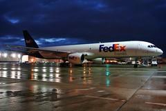 N799FD FedEx Express 757-222 at KCLE (GeorgeM757) Tags: n799fd n594ua fedexexpress united 757222 freighter kcle clevelandhopkins nightairplane georgem757 aircraft alltypesoftransport aviation airbus boeing