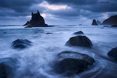 Benijo (Roberto Graña) Tags: canarias tenerife benijo playa anaga roques luz azul atardecer rocas marina islas nubes seascape beach blue sunset rocks water sea