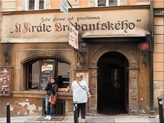 Street scene in Prague (Ostseetroll) Tags: cze geo:lat=5008905221 geo:lon=1440199136 geotagged pragerkleinseite praha7bubeneč tschechien prague streetshot
