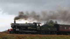 Erlestoke Manor on the Severn Valley Railway. (Keith Wilko) Tags: erlestokemanor 7812 7812erlestokemanor 7812loco loco7812 erlestokemanor7812 erlestokemanorfund gwr manorclasslocomotives 78xxclass gwrlocomotives svr severnvalleyrailway sevenvalleyrailway manor gwrmanors swindonworks greatwesternrailway worcestershire train trains steamlocomotive steamtrains uksteamtrains britishrailways br brtrains britishrail britishrailwayslocomotives photocharter 30742charters severnvalleyphotocharter svrphotocharter manorclass erlestoke railway steam uksteam brsteam severnvalleyrailwaylocomotives