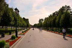 moscow park (pictografie) Tags: beautiful blumen clouds flowers green grün himmel kreml moscow moskau park red rot russia russland schön sky strassen streets wolken
