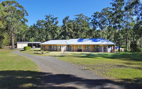 19 Scotts Road, Mitchells Island NSW 2430