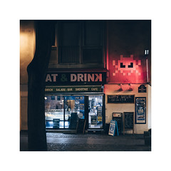 Paris Street Photo #7 (arno03) Tags: paris parisstreetphoto parismonamour streetphoto streetart street happyhour red lights xpro2 xpro fuji fujifilm rouge serie attack fiction night 7 seven chatelet les halles