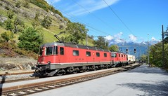 SBB Cargo Re10/10_Lalden, Switzerland_011017_01 (DS 90008) Tags: re66 re620 620080 re44 re420 420279 railway sbb sbbcffffs sbbcargo lalden bahnhof bls intermodal train track logistics wagons containers skyline mountains hills switzerland swissrailways swissalps freight electrictraction electricloco traction transport railtransport
