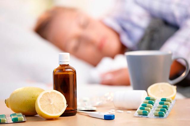 Неменее 115 тыс. сахалинцев икурильчан привились против гриппа