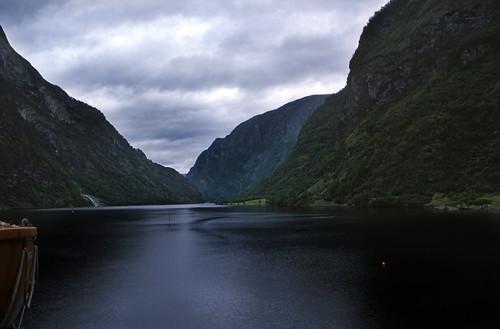 "Norwegen 1998 (179) Nærøyfjord • <a style=""font-size:0.8em;"" href=""http://www.flickr.com/photos/69570948@N04/37619299181/"" target=""_blank"">View on Flickr</a>"