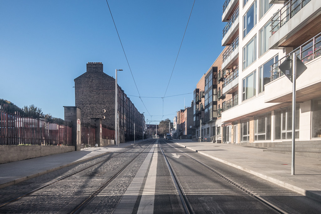 DOMINICK STREET BOTH SIDES OF THE TRACKS [THE NEW LUAS TRAM LINE]-133612