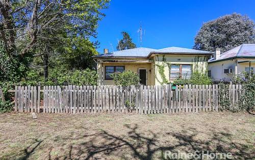 82 Stanley St, Bathurst NSW 2795