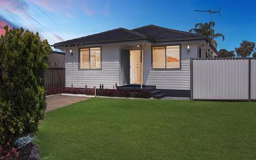 4 Clingan Avenue, Lurnea NSW