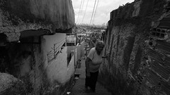 Alto do Buriti (rodrigogarciabkt) Tags: slum recife casa amarela alto do buriti old woman elder grandmather